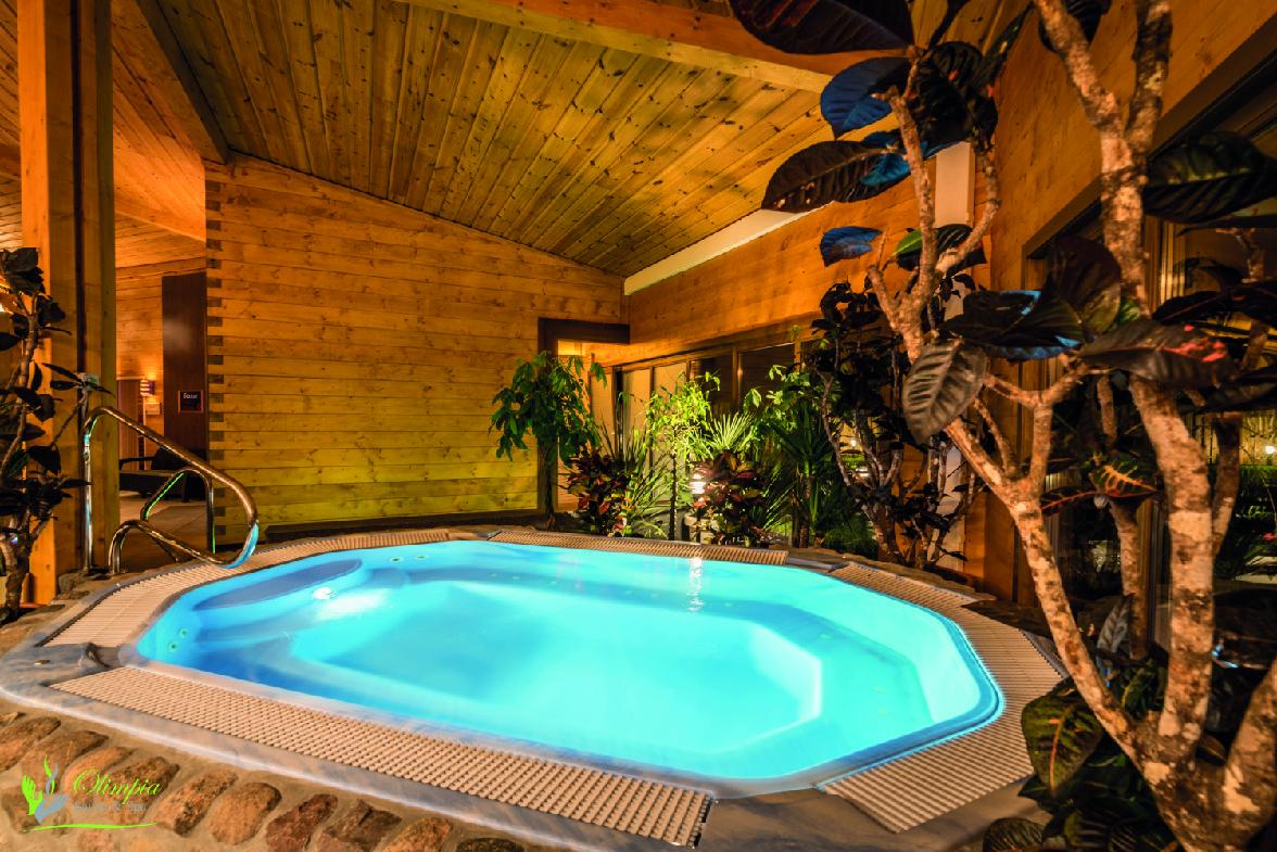 Wypoczynek w Jacuzzi w Saunie Olimpia